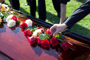 Что кладут в гроб покойному