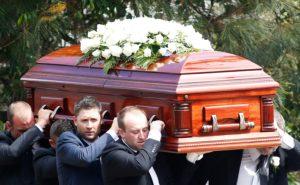 Как попрощаться с умершим на кладбище